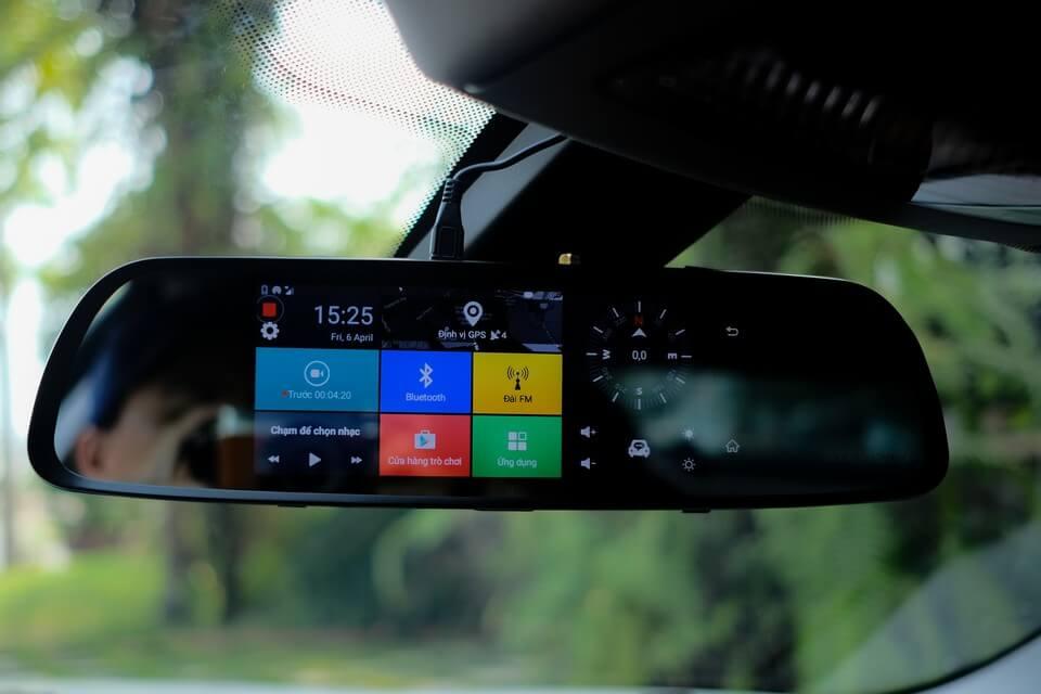 Best Rear View Mirror Dash Cameras 2018 – 2019 Compared
